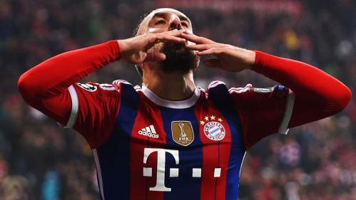 Bayern Munich's F. Ribery celebrates after scoring vs Roma